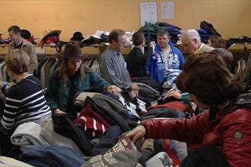 la friperie St Nicolas contribue à 30 projets humanitaires