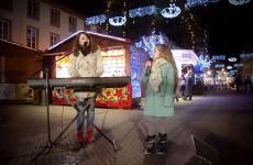 Erza chante papaoutai