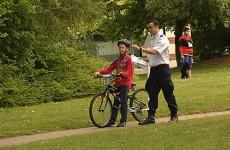 Les écoliers sur la piste... d'éducation routière lors de la finale communautaire