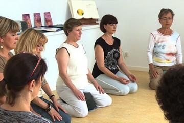 Cours de bien-être avec Michèle Gabriel de l'association Ô Plénitude
