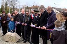 cérémonie du 11 novembre + remise de l'honorariat à l'ancien maire de Hundling