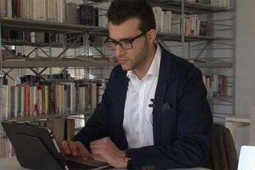 L'entreprise du 2.0 par excellence, lancée par Giuseppe CONTI. Objet: la transmission d'un patrimoine sentimental.