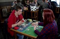 Les joueurs de Magic se retrouvent toutes les semaines à la Brasserie de la mairie à Sarreguemines.