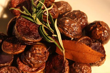 Pommes de terre roties à l'ail et au romarin