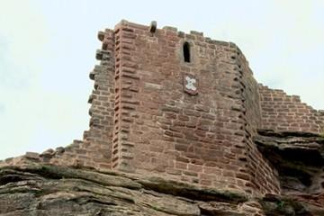 Le château du Schoeneck, l'histoire d'une restauration et d'une enquête à très long terme!