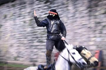 L'esprit chevaleresque s'empare de la citadelle de Bitche. Le Duc de Lorraine est de retour après les croisades.