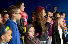Les bénévoles et les artistes se sont mobilisés pour Les Bouchons de l'Espoir