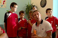 Leur parrain a décroché la médaille d'or à Rio ! Les jeunes résidents de la MECS Viotti ont accueilli leur héros Stéphane Molliens, champion paralympique de tennis de table.