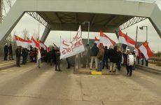Les membres du mouvement SIPIC haussent le ton au péage de Farébersviller