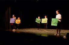 De jeunes français et allemands s'emparent du thème de la frontière pour en faire un spectacle.