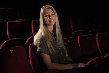 Laurène Stenger, interprète de 17 ans, chante « something's got a hold on me ».