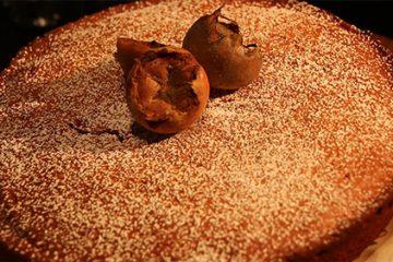 Gâteau moelleux à la confiture de nèfles