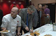 Les boulangers et leurs galettes ont rencontré les élus du conseil municipal de Sarreguemines