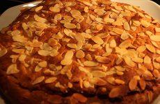 Gâteau au miel bio et aux amandes