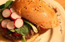 Hamburger maison avec l'EARL de l'Albe.