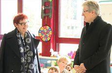 Marie Reynier, recteur de la région académique Grand Est, se rend aux écoles de la Blies.