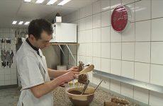 150 kilos de chocolat pour gâter les clients La boulangerie-pâtisserie Rohr de Grosbliederstroff s'active avant Pâques.