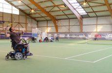 Le tennis handisport - épisode 2 : le tennis en fauteuil quad.