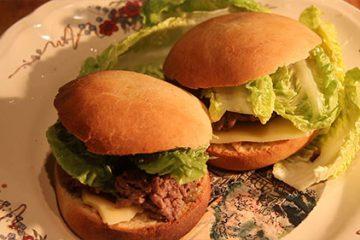 Spéciale fête du pain avec le Moulin Gangloff : Pain pour Hamburger maison.