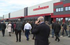 L'inauguration du nouvel entrepôt Sostmeier est allé de surprise en surprise.
