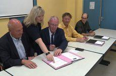Signature d'une convention entre l'abattoir du Pays de Sarreguemines et le Lycée Henri Nominé.