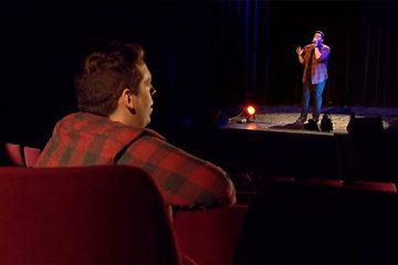 Laurent Guernevel a 29 ans et une voix en or. Il interprète « When Young » d'Adele.