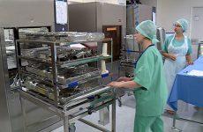 Le service de la stérilisation nous ouvre ses portes.