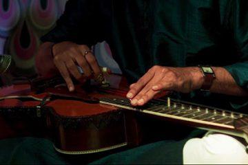 Musiques de notre temps - La slide guitare indienne