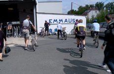 Vente spéciale de vélo à Emmaüs.