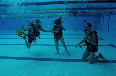 8 jeunes de l'IME se sont initiés à la plongée.