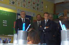 Le Président de la République est venu visiter une école classée en catégorie REP+.