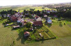 Mosaïk vous fait découvrir la carte postale du village d'Hazembourg.