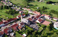 Mosaïk vous fait découvrir la carte postale du village de Ernestviller.