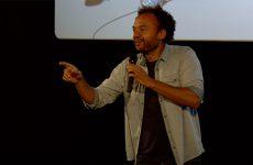Fabrice Eboué, comédien et réalisateur du film Coexister