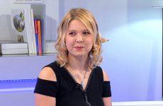 """Johanna Flauder, l'ancienne maestro de l'émission """"N'oubliez pas les paroles !"""", racontera son aventure."""