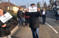 Grève des salariés du groupe Esterline à Sarralbe