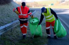 Opération nettoyage des routes départementales de la Moselle.