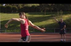 Lancer du poids, lancer du disque, des disciplines qu'enseigne François Tornow.